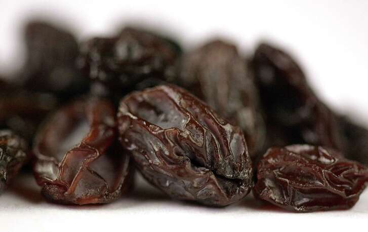 Man claims a handful of raisins at bedtime helps him sleep through the night.