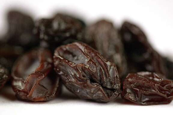 Man claims a handful of raisins at bedtime helps him sleep through the night.