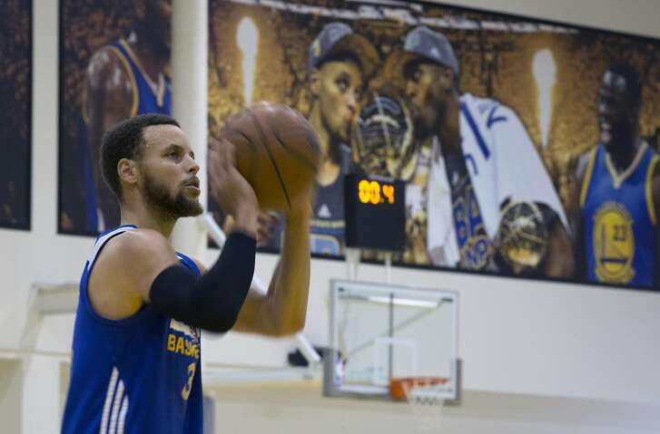 Golden State Warriors Stephen Curry works on his shooting following a practice session Saturday, May 27, 2017 in Oakland, Calif., as they prepare for the NBA Finals against the Cleveland Cavaliers