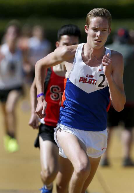 St Joseph-Alameda's Cooper Teare is the national leader at 3,200 meters. Photo: Paul Chinn, The Chronicle