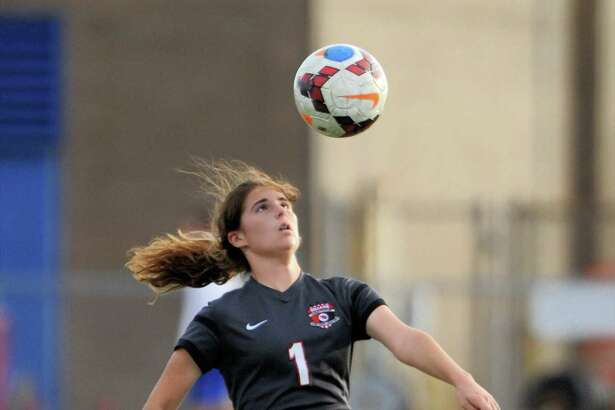 Allison Schachter (1) of Bellaire prepares to trap a ball during the first half of a girls soccer game in the Tiger Bracket of the Typhoon Texas/I-10 Shootout between the Taylor Mustangs and the Bellaire Cardinals on Thursday January 12, 2017 at Taylor HS, Katy, TX.