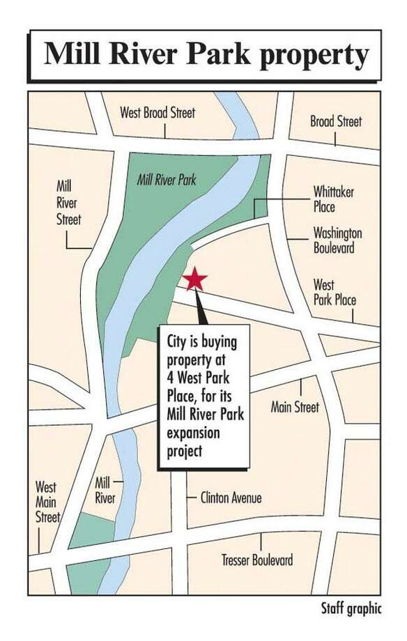 Staff locator map showing 4 West Park Place property to be sold for Mill River Park Plan. Story by Doug Dalena printed on Dec.1st, 2006. Photo: ST