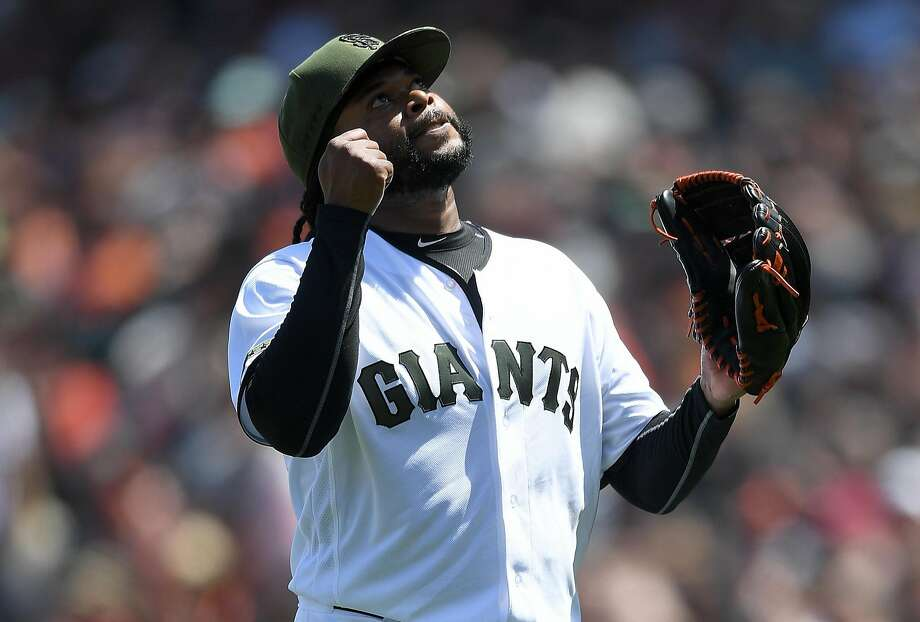 Johnny Cueto reacts after striking out Rio Ruiz of the Braves at AT&T Park on May 28, 2017. Photo: Thearon W. Henderson, Getty Images