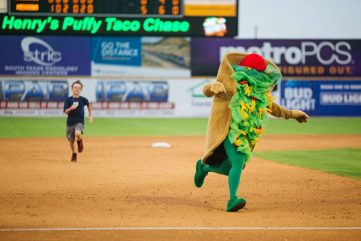 Click ahead to view the promotional schedule for the San Antonio Missions. Sundays:Fun Day. Fans can bring in a receipt from Circle K and receive four infield reserve seats for just $20. Plus a Kellogg's Kids Giveaway for the first 500 fans age 12 and under.