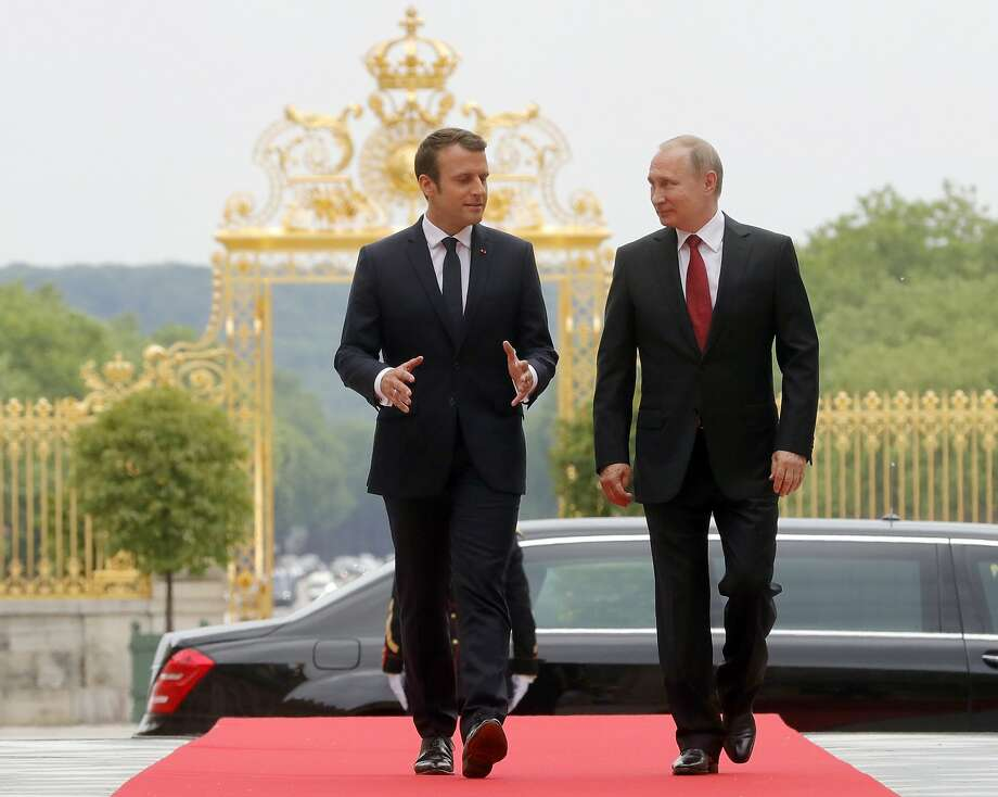 Emmanuel Macron and Vladimir Putin, disagreements for cooperation