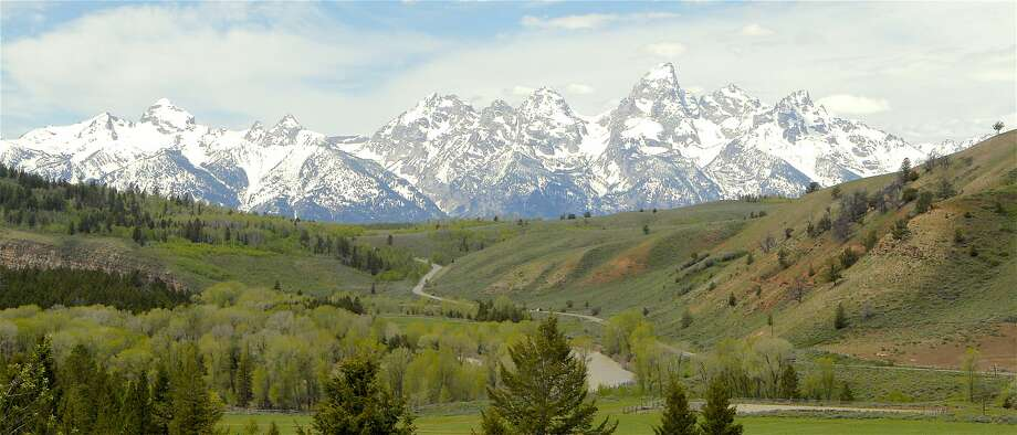 The Gros Ventre Valley leads to Jackson Hole and the Grand Tetons Photo: Tom Stienstra, Tom Stienstra / The Chronicle