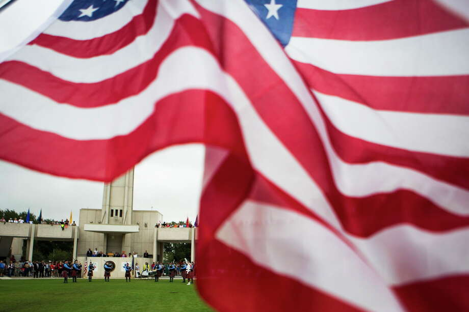 FILE - The Houston National Cemetery in Houston, Texas. Wednesday, the remains of a long-missing World War II-soldier will be formally buried in the cemetery following its recovery in northern Italy. Photo: Marie D. De Jesus, Houston Chronicle / © 2017 Houston Chronicle