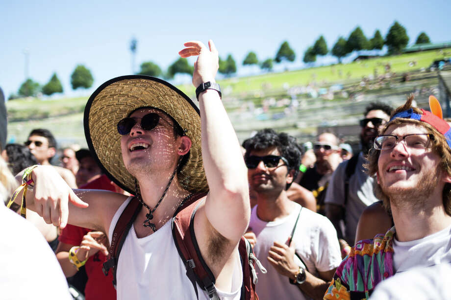 Fans dance to Chicano Batman on the third and final day of Sasquatch! Music Festival at the Gorge Amphitheater on Sunday, May 28, 2017. Photo: GRANT HINDSLEY, SEATTLEPI.COM / SEATTLEPI.COM