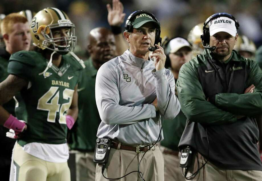 Former Baylor coach Art Briles watches from the sidelines during the second half against Iowa State in Waco on Oct. 19, 2013. Photo: Tony Gutierrez /Associated Press / AP