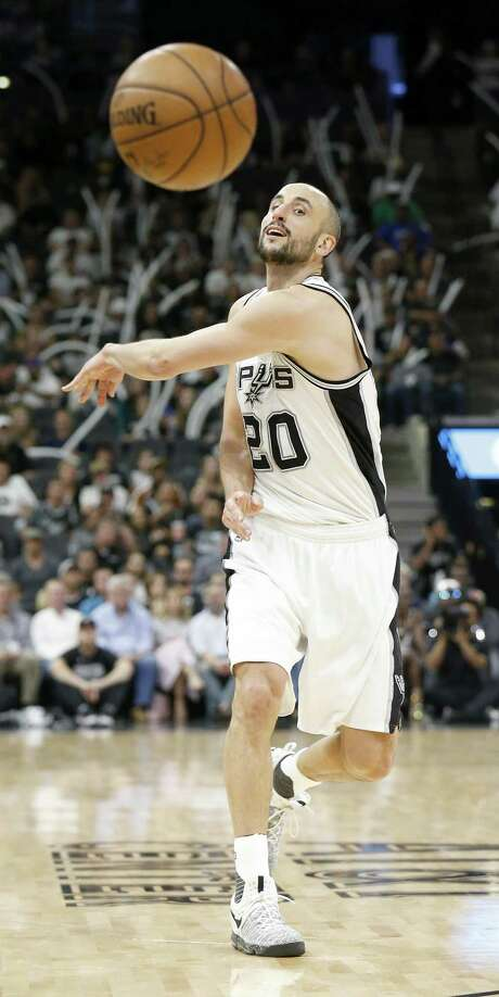 Spurs' Manu Ginobili passes during second half action in Game 4 of the Western Conference finals against the Golden State Warriors on May 22, 2017 at the AT&T Center. Photo: Edward A. Ornelas /San Antonio Express-News / © 2017 San Antonio Express-News