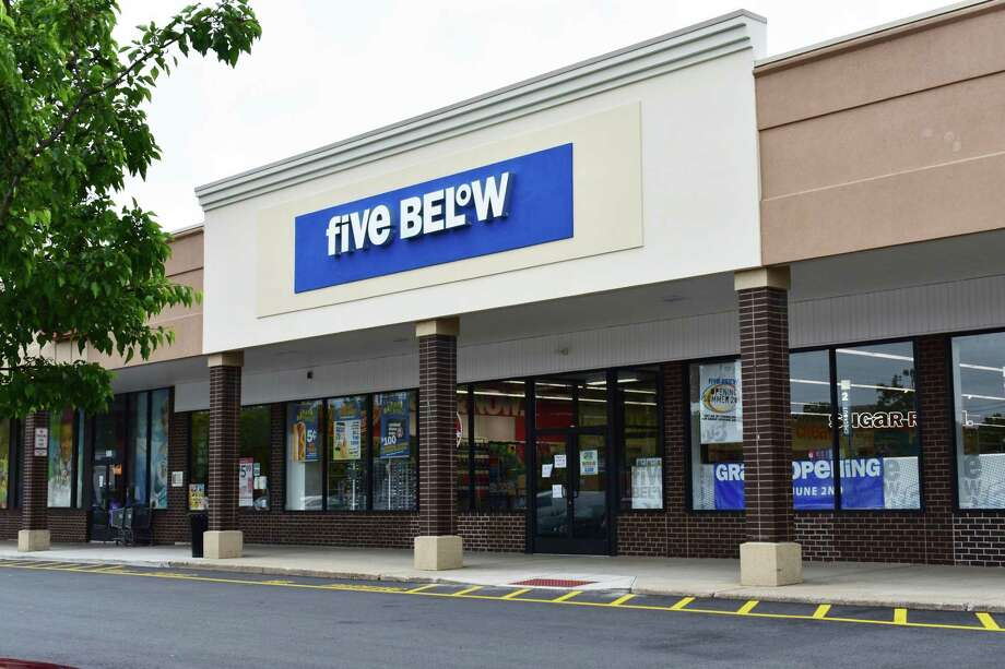 Five Below scheduled the grand opening for Friday, June 2, 2017, of its new store in the Darinor Plaza at 500 Connecticut Ave. in Norwalk, Conn. Photo: Alexander Soule / Hearst Connecticut Media / Stamford Advocate