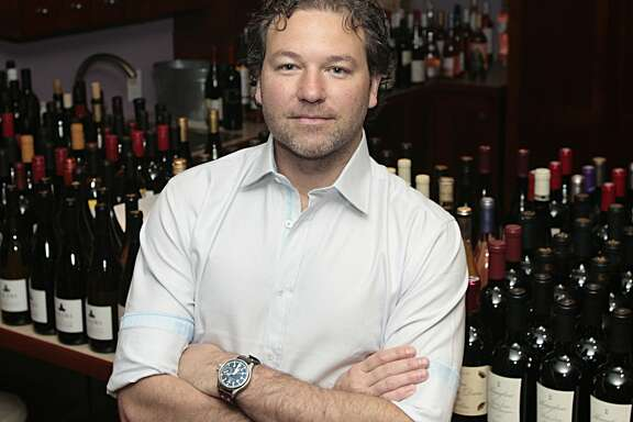 Wine critic Jeb Dunnuck is leaving Robert Parker's Wine Advocate to found his own wine publication.