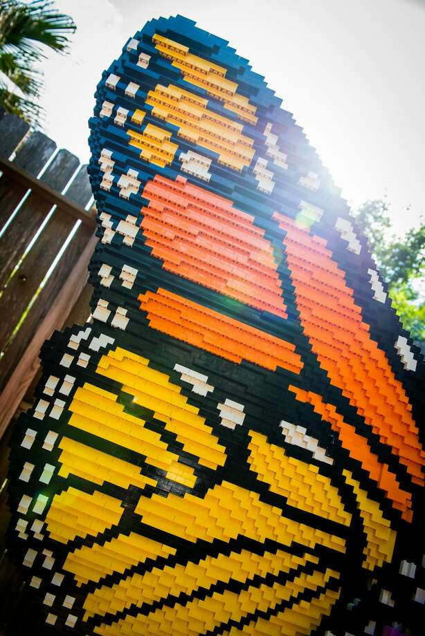 Larger-than-life LEGO sculptures line the paths at the Houston Zoo from May 27 to Sept. 4. Photo: Stephanie Adams/Houston Zoo