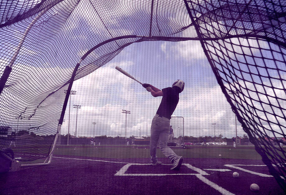Port Neches - Groves' varsity get in batting practice as the Indians prepare for today's Class 5A Regional Final against Brenham in Huntsville. Photo taken Tuesday, May 30, 2017 Kim Brent/The Enterprise Photo: Kim Brent / BEN
