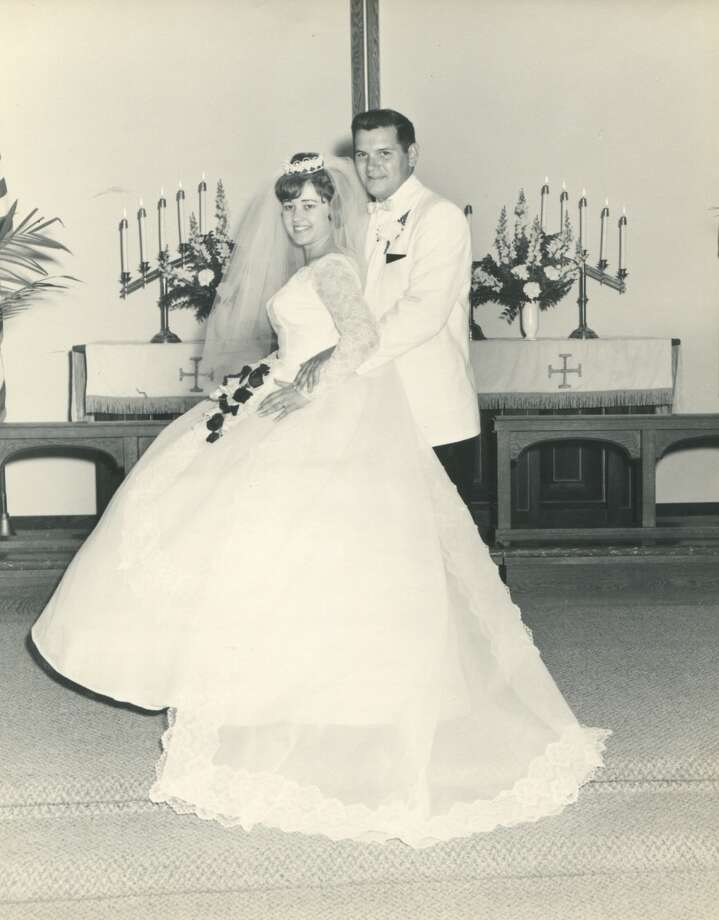 Sharon Schmidt married Ken Corwin on May 22, 1965, in Bethlehem Lutheran Church in Standish. They have been married 52 years.