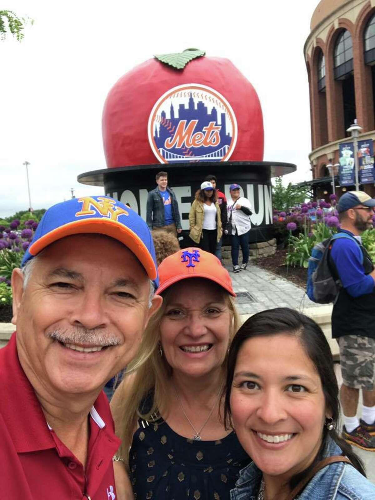 """Rodolfo Garza: """"Memorial Day in Hoboken NJ!! Watching Mets Game!!"""""""