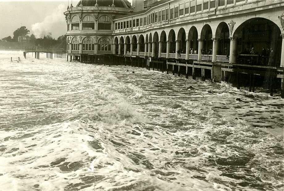 Severe storm went through Santa Cruz, causing flooding. February 13, 1926 Photo: Chronicle Archives
