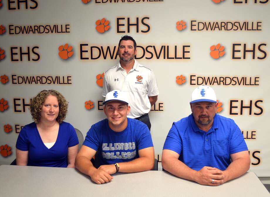 Edwardsville senior Daniel Reed will play baseball at Illinois College. In the front row, from left to right, are mother Melissa Reed, Daniel Reed and father David Reed. Looking on in the back row is EHS coach Tim Funkhouser.