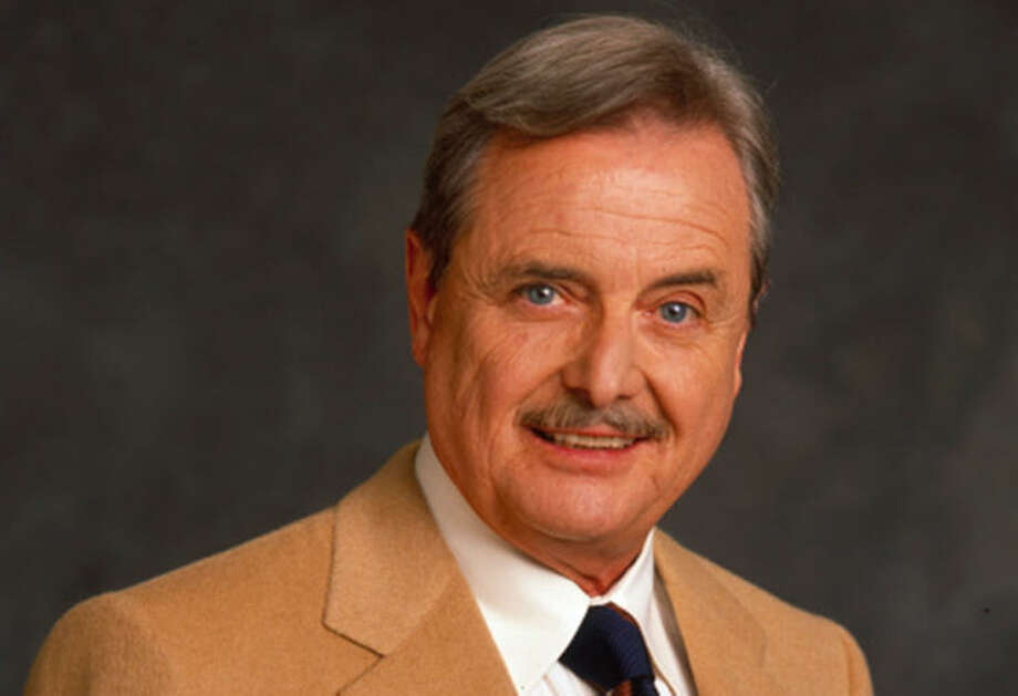 """William Daniels from """"Boy Meets World."""" In addition to playing teacher George Feeny in the 1990s show, he played Dr. Mark Craig on """"St. Elsewhere,"""" was the voice of KITT in """"Knight Rider"""" and portrayed Dustin Hoffman's father in """"The Graduate."""" / 2013 American Broadcasting Companies, Inc."""
