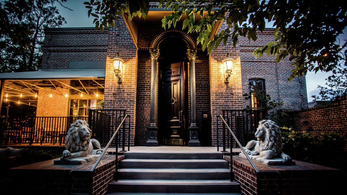 The Charter Oak front door, Photography by Kelly Puleio