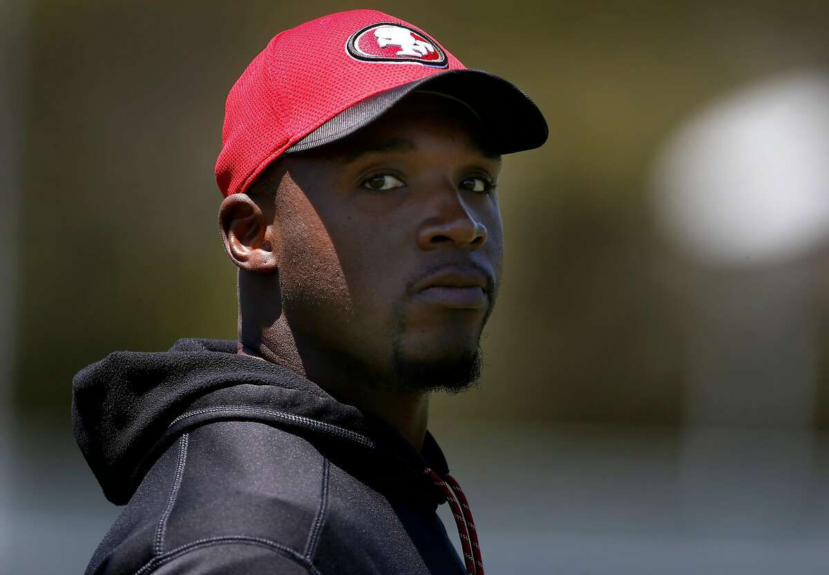 DeMeco Ryans is the in-house favorite to become the 49er' defensive coordinator if current coordinator Robert Saleh, as expected, leaves to become a head coach elsewhere.