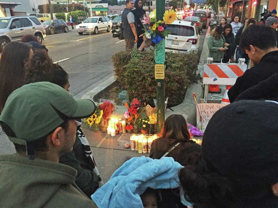 Teen Victims Of Alameda Crash Honored At Memorial Sfgate