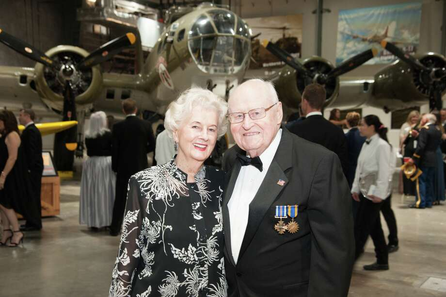 Peg and Elmer Longnecker at the Lone Star Flight Museum gala. Photo: Photo By Alexander Portraits / Alexander Rogers