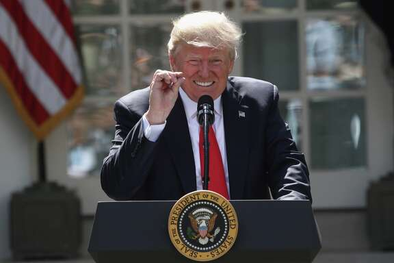 WASHINGTON, DC - JUNE 01:  U.S. President Donald Trump announces his decision for the United States to pull out of the Paris climate agreement in the Rose Garden at the White House June 1, 2017 in Washington, DC. Trump pledged on the campaign trail to withdraw from the accord, which former President Barack Obama and the leaders of 194 other countries signed in 2015. The agreement is intended to encourage the reduction of greenhouse gas emissions in an effort to limit global warming to a manageable level.  (Photo by Win McNamee/Getty Images)
