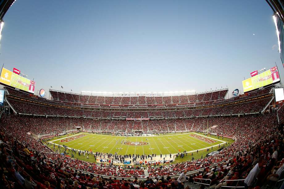 Monday's game between the Seahawks and 49ers at Levi's Stadium carries the highest ticket resale price since this 2015 game between the rivals.  Photo: Ezra Shaw, Getty Images