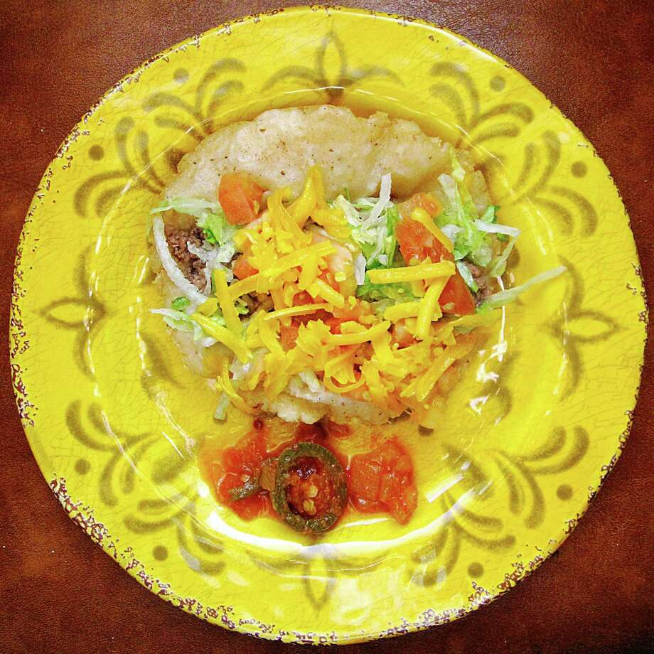 Beef puffy taco from Teodora's Mini-Taco. Photo: Mike Sutter /San Antonio Express-News