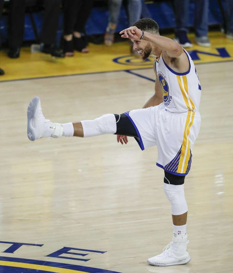 Golden State Warriors' Stephen Curry reacts in the third quarter during Game 1 of the 2017 NBA Finals at Oracle Arena on Thursday, June 1, 2017 in Oakland, Calif. Photo: Carlos Avila Gonzalez, The Chronicle