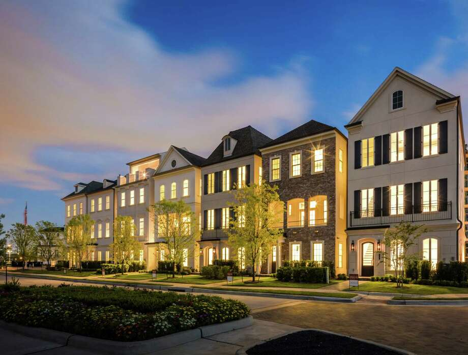 Ranging from 2,000 to 4,600 square feet, the two-, three- and four-story, European-inspired homes at Somerset Green offer open floor plans. / Slyworks Photography