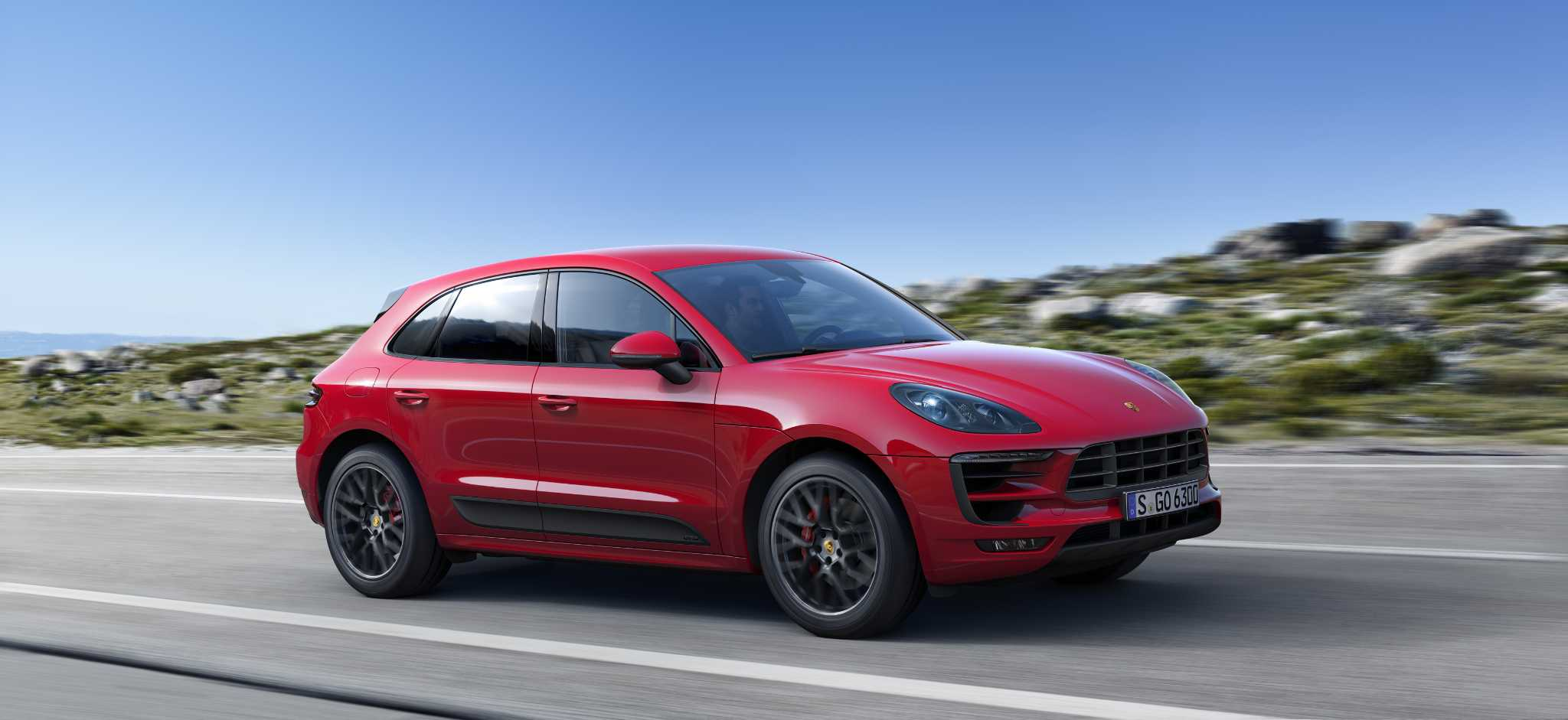 Porsche's most affordable 4-door sports car: Macan GTS