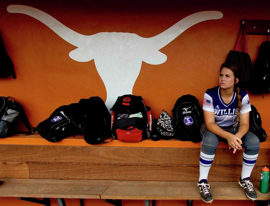 Willis starting pitcher Casey Dixon (10) is seen before a Class 5A semifinal game during the UIL State Softball Championships at Red and Charline McCombs Field, Friday, June 2, 2017, in Austin. Photo: Jason Fochtman, Houston Chronicle / © 2017 Houston Chronicle