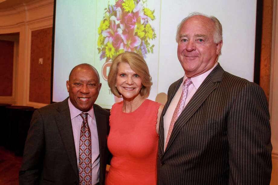 Mayor Sylvester Turner, left, with chairs Kim and Dan Tutcher at the Houston Center for Literacy 2017 Mayor's Literacy Leadership Award Breakfast. (For the Chronicle/Gary Fountain, June 1, 2017) Photo: Gary Fountain, For The Chronicle / Copyright 2017 Gary Fountain
