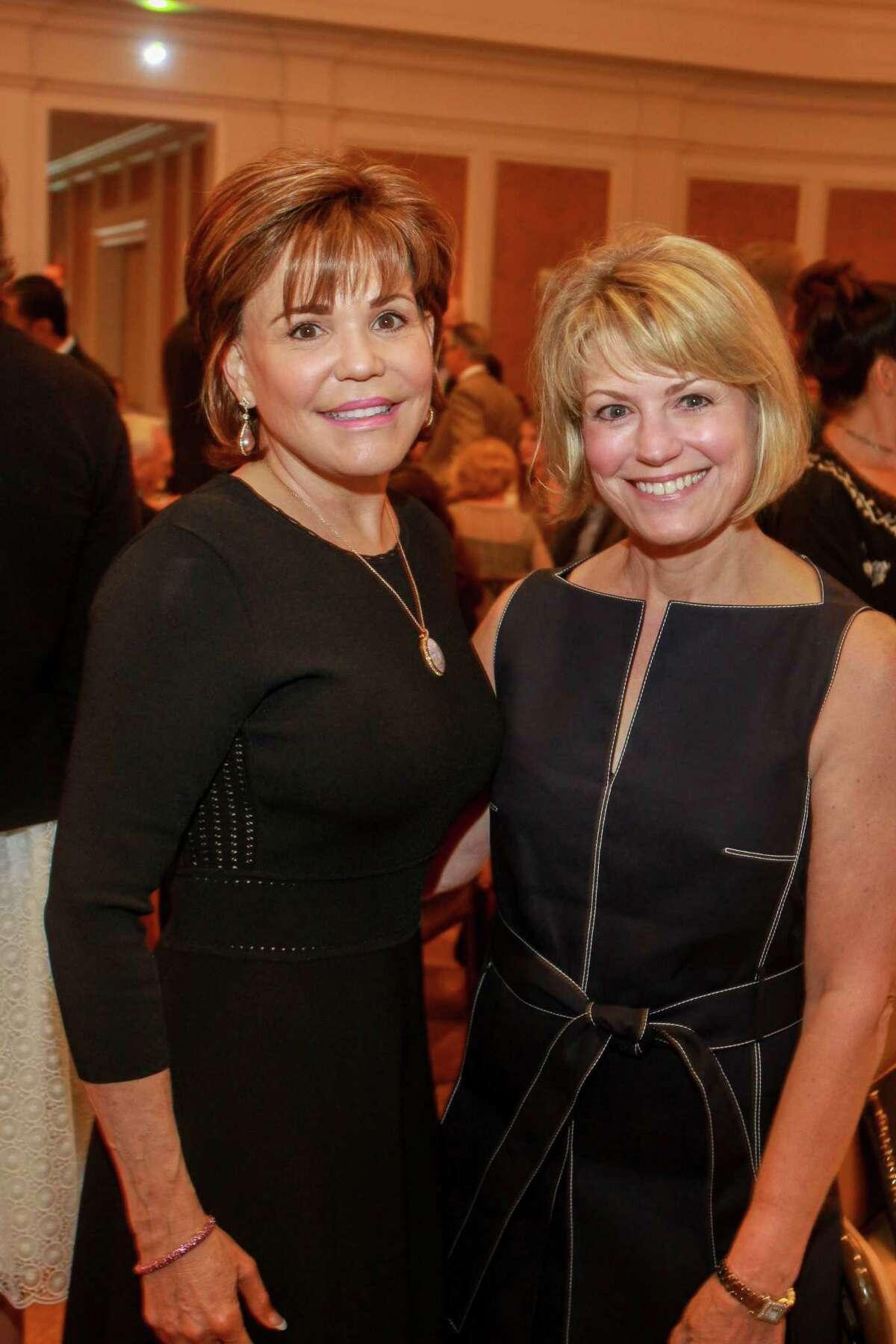 Hallie Vanderhider, left, and Kelley Lubanko at the Houston Center for Literacy 2017 Mayor's Literacy Leadership Award Breakfast. (For the Chronicle/Gary Fountain, June 1, 2017)