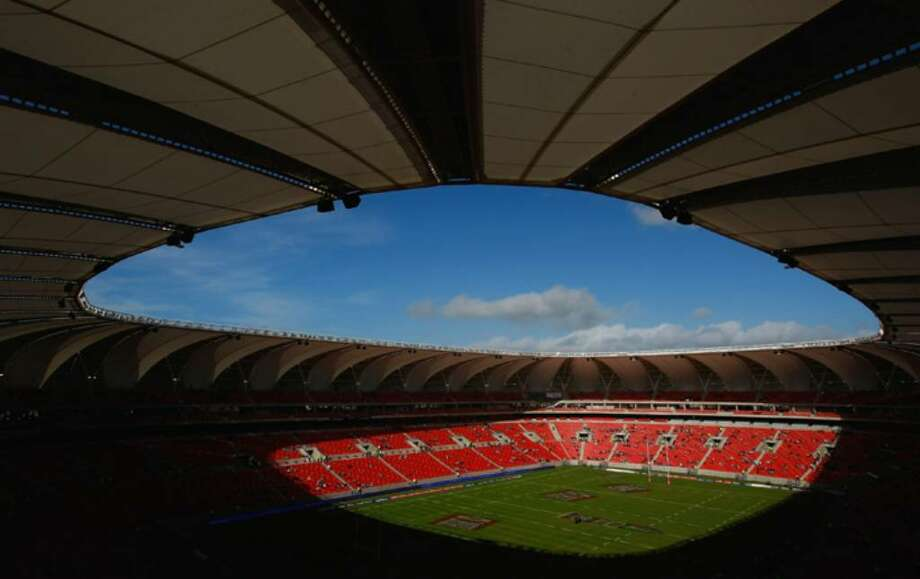 PORT ELIZABETH, SOUTH AFRICA - JUNE 16:  A general view of the Nelson Mandela Bay Stadium which will host games in next years 2010 FIFA World Cup, on June 16, 2009 in Port Elizabeth, South Africa.  (Photo by Stu Forster/Getty Images) Photo: Stu Forster, Getty Images / 2009 Getty Images
