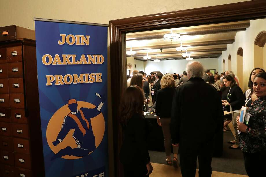 A VIP reception gathered in support of the Oakland Promise Program during an awards ceremony at the Scottish Rite Temple in Oakland, Ca., on Wednesday May 31, 2017. 400 students are set to head to college with money provided by the Oakland Promise Program and the East Bay College Fund. Photo: Michael Macor, The Chronicle