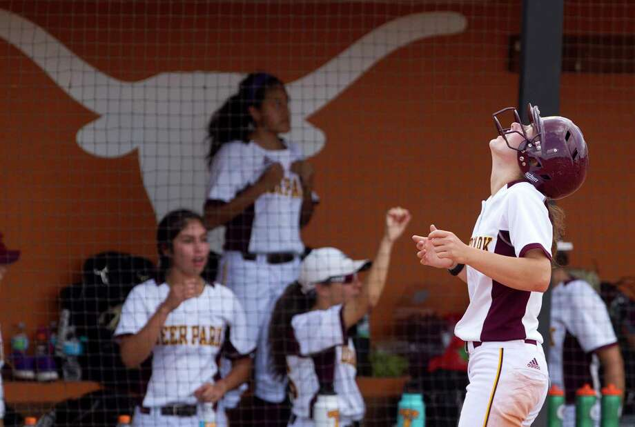 Erin Edmoundson #11 of Deer Park reacts after a high bunt by Alyssa Hernandez is caught for the final out of the third inning of a Class 6A state semifinal game at the UIL State Softball Championships at Red and Charline McCombs Field, Friday, June 2, 2017, in Austin. Photo: Jason Fochtman, Houston Chronicle / © 2017 Houston Chronicle