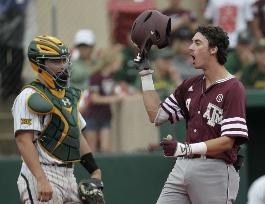 Texas A&M second baseman Braden Shewmake (8) celebrates his two-run homerun during the 2017 NCAA Regional game at Darryl and Lori Schroeder Park Friday, June 2, 2017, in Houston. ( Yi-Chin Lee / Houston Chronicle ) Photo: Yi-Chin Lee/Houston Chronicle