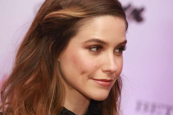 The  Greenwich International Film Festival Opening Night Film Premier and  Party was held at the Boys and Girls Club of Greenwich on June 2, 2017.  Sophia Bush, who just announced her departure from the NBC hit show  Chicago P.D., handed out the festival's awards. Were you SEEN?