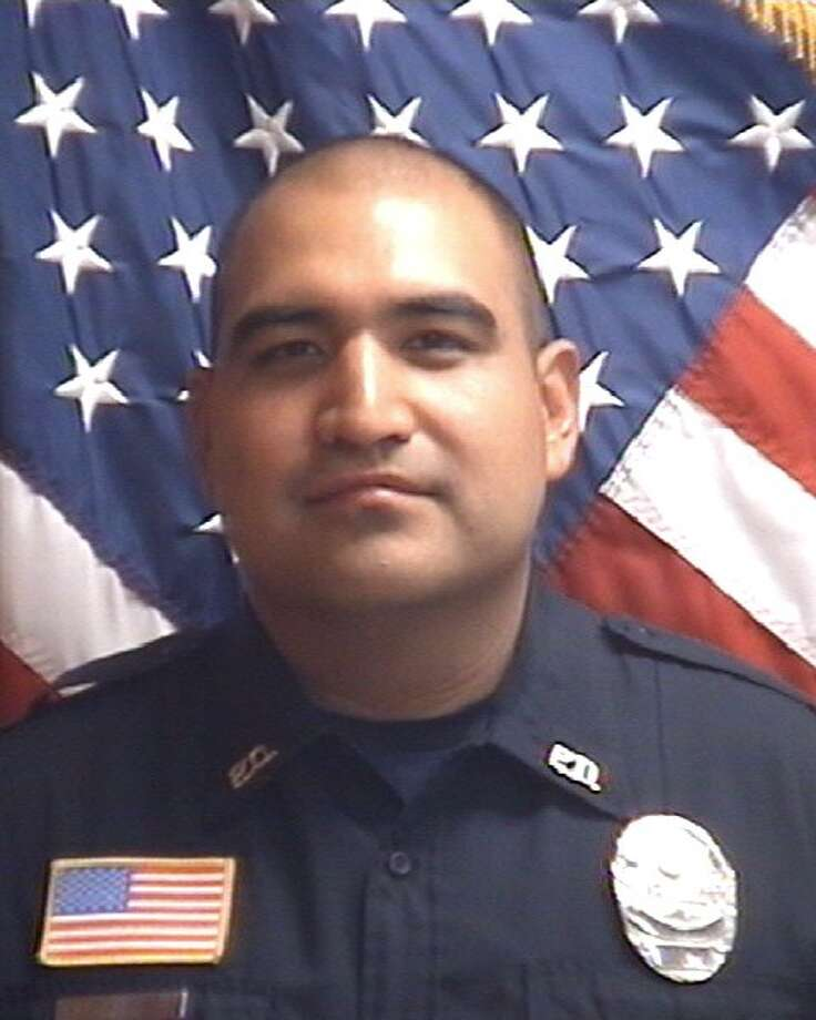 Agapito Perez, 33, is a nine-year veteran officer with LPD. Photo: Courtesy/Laredo Police Department