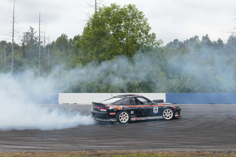 Tyler Grimsley warms up his tires before a qualifying run during DriftCon at Evergreen Speedway in Monroe on Saturday, June 3, 2017. Photo: GRANT HINDSLEY, SEATTLEPI.COM / SEATTLEPI.COM