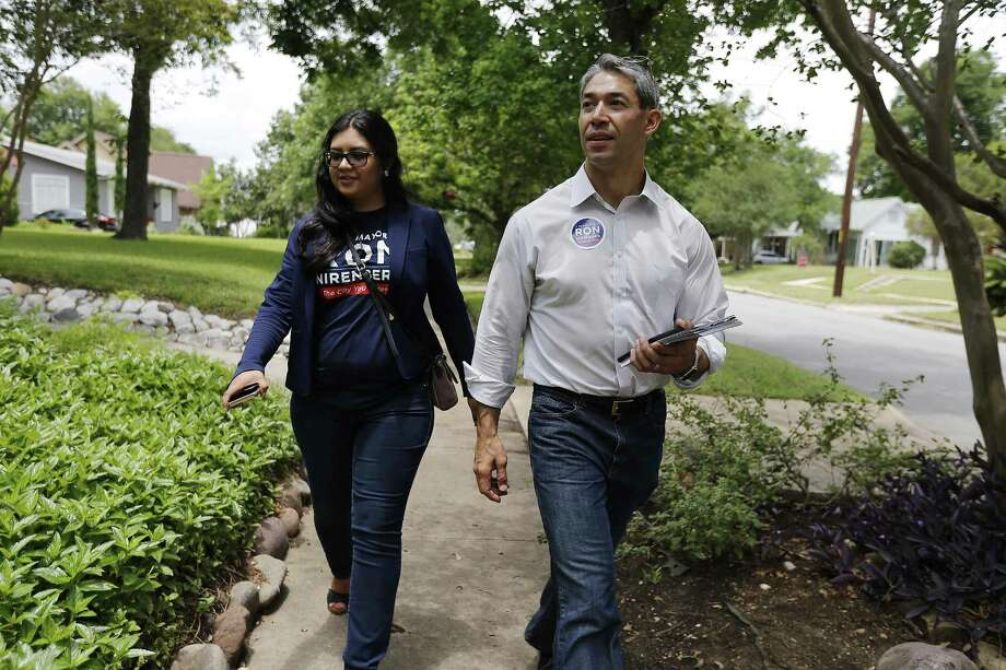 Councilman Ron Nirenberg (right), seen with Deputy Campaign Manager Juany Torres, is running for mayor of San Antonio. Photo: Kin Man Hui /San Antonio Express-News / ©2017 San Antonio Express-News