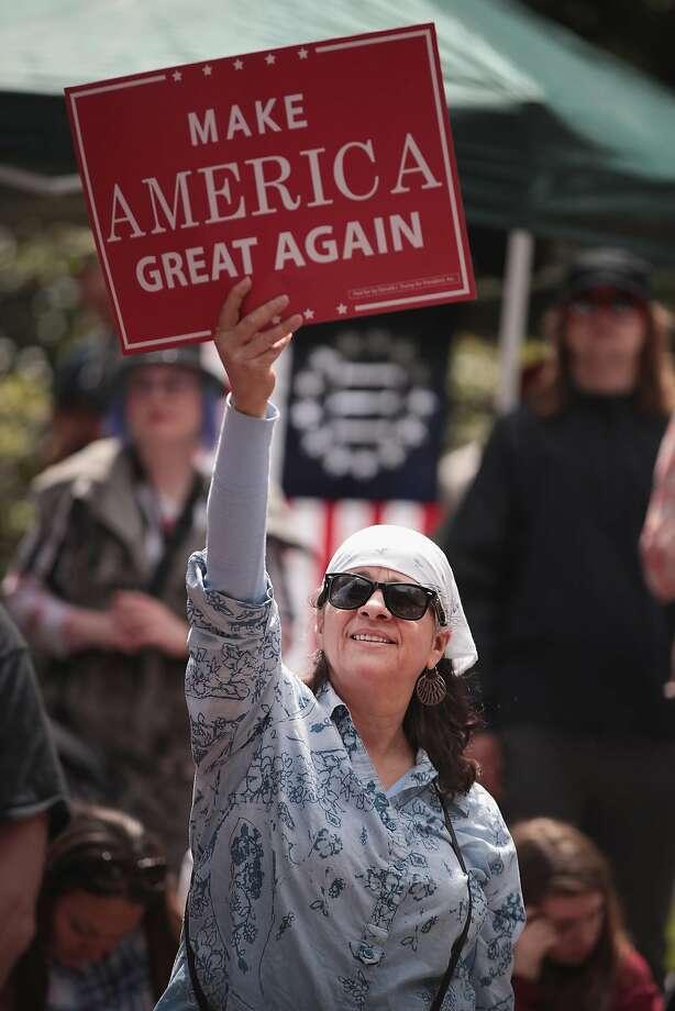 Pro-Trump demonstrators rally Sunday in Portland, Ore. Photo: Scott Olson, Getty Images