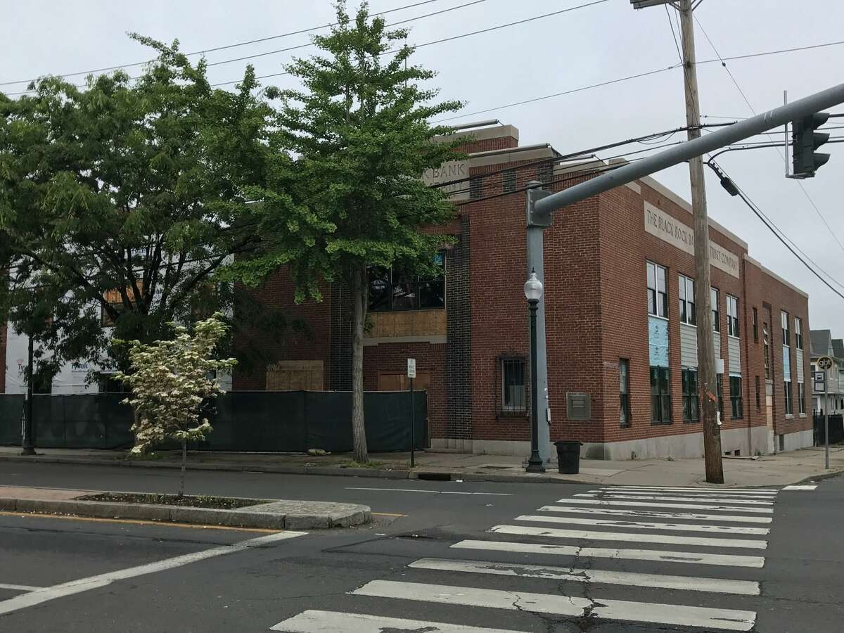 Renovation of the former Black Rock Bank & Trust building on the corner of Fairfield Avenue and Brewster Street and construction of the addition next door is expected to be completed by the end of 2017.