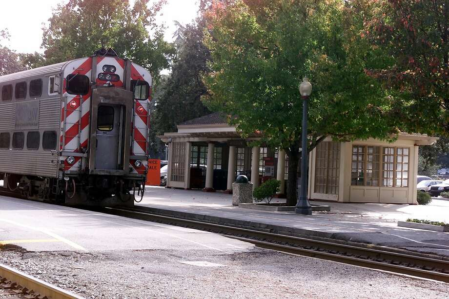 A Caltrain commuter train in this file photo leaves Atherton near where a person was hit and killed by a Caltrain train on Monday morning. Photo: JERRY TELFER, SFC