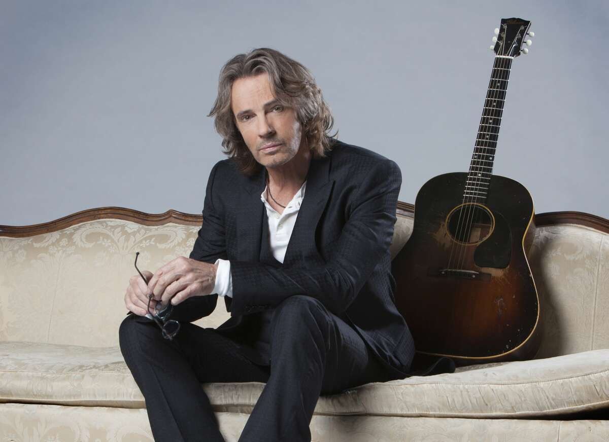This seems pretty counterintuitive, since '80s heartthrobs Richard Marx and Rick Springfield would seem more at home cranking out their hits for an adoring crowd than presenting an acoustic concert. Yet the tunes fans want to hear, such as Springfield's