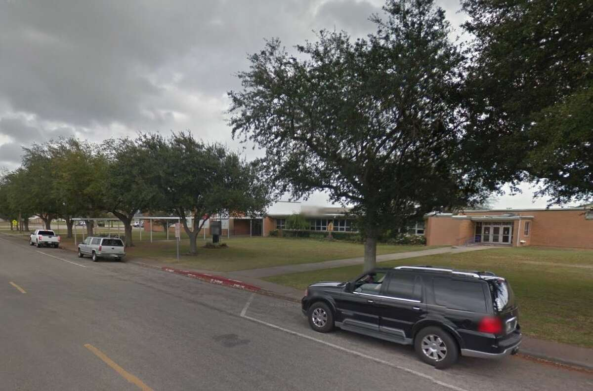 Port Neches Elementary Port Neches-Groves ISD State Rank: 2,462Grade: C
