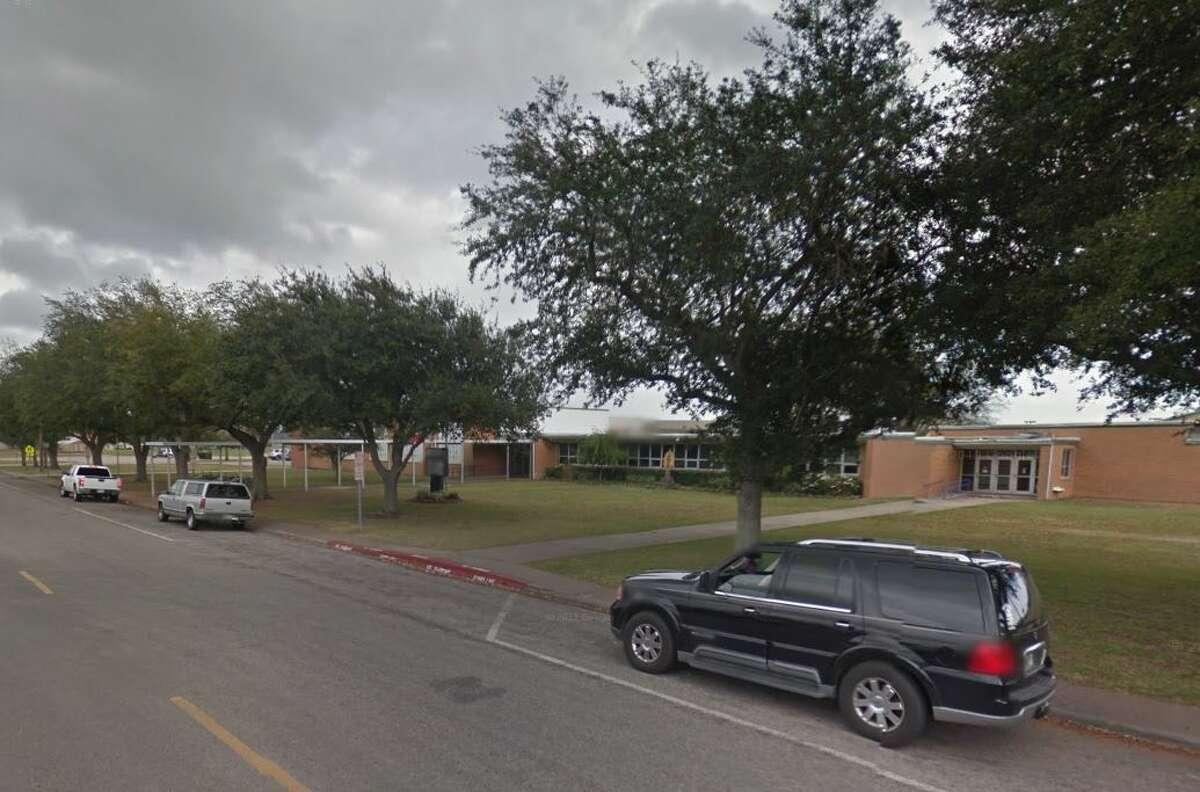 Port Neches Elementary Port Neches-Groves ISD State Rank: 2,462Grade: C